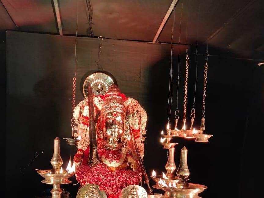 சுவாமி ஐயப்பனின் திருவாபரணப் பெட்டிகளில் இருப்பவை என்னென்ன? #Video