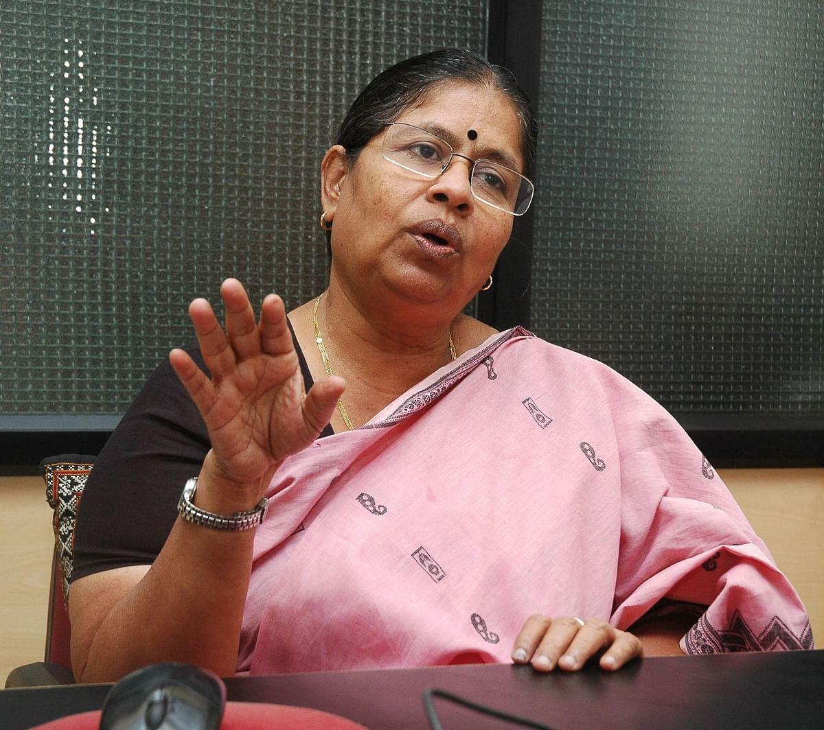 வழக்கறிஞர் சுதா ராமலிங்கம்