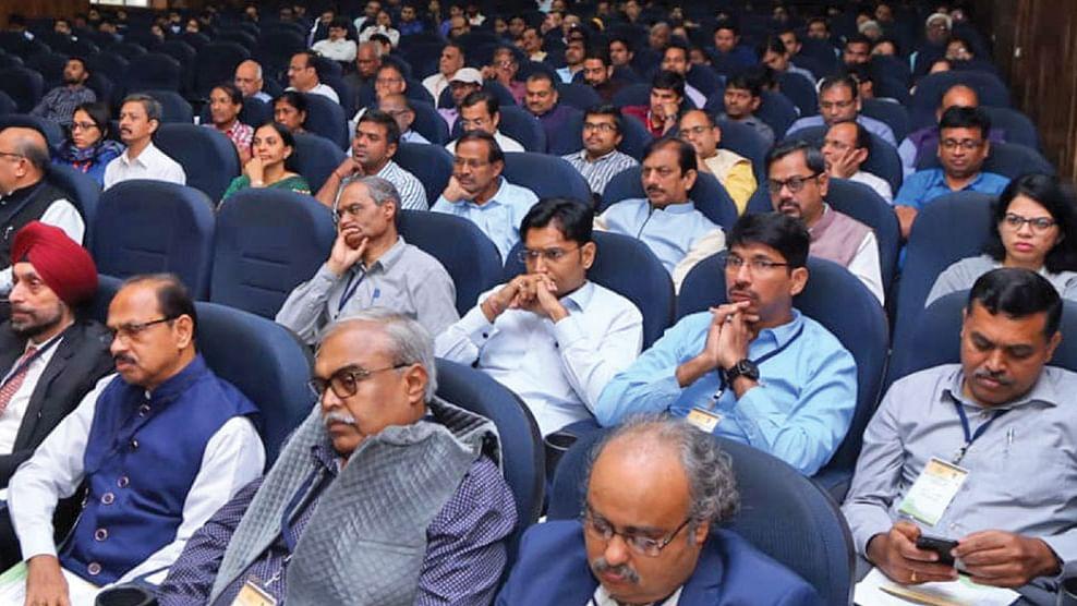 மாநாட்டில் பங்கேற்ற தேர்தல் ஆணையர்கள்...