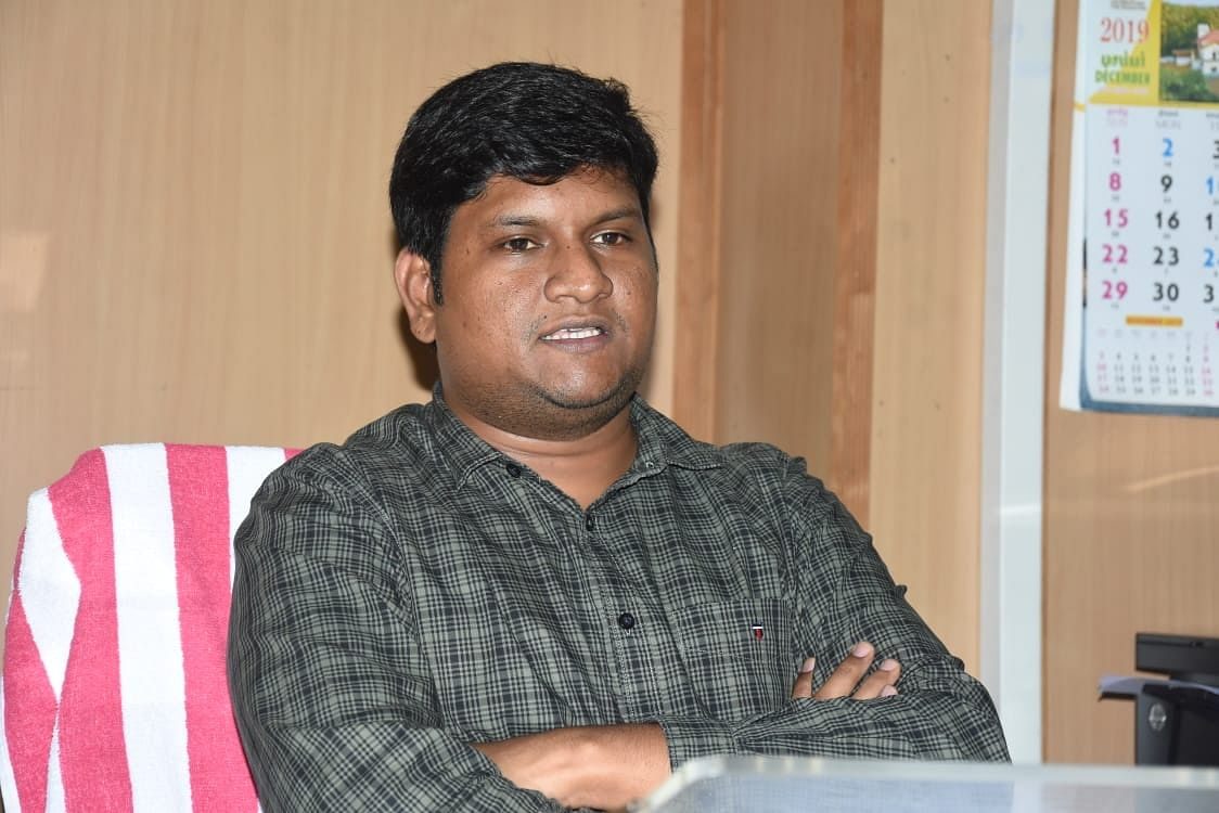 காரைக்கால் மாவட்ட ஆட்சியர் விக்ராந்த் ராஜா