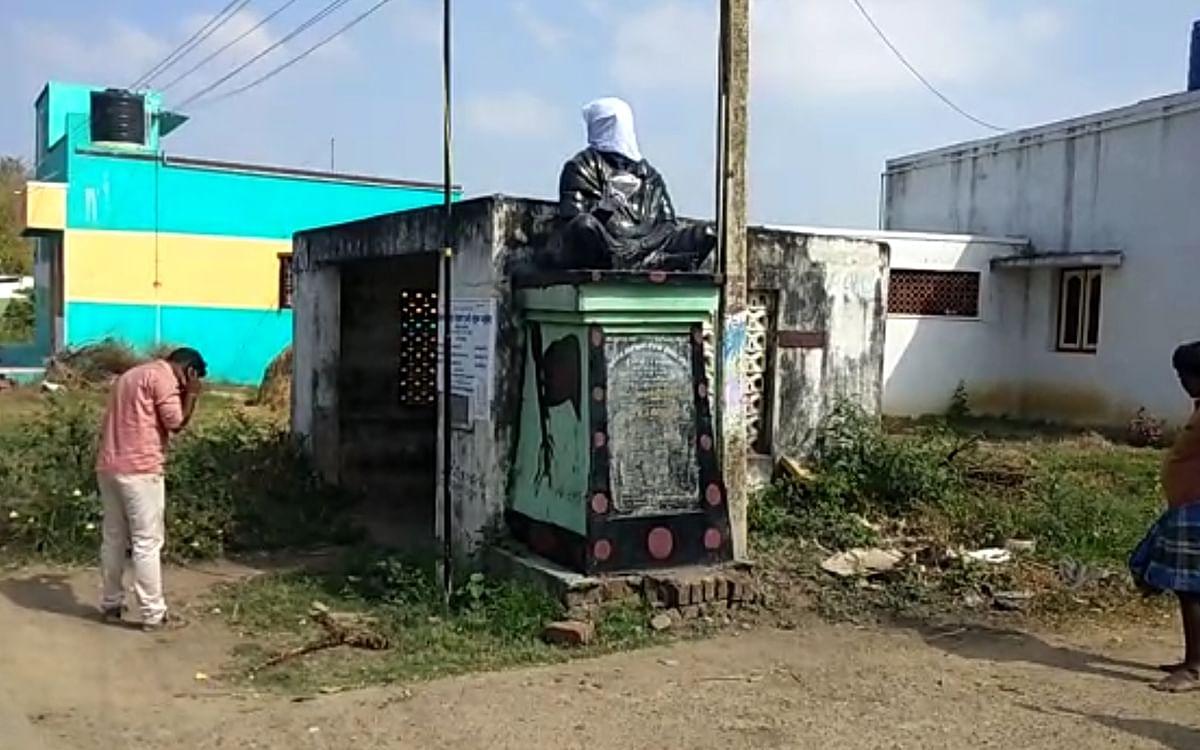 நள்ளிரவில் பெரியார் சிலை சேதம்! - காஞ்சிபுரம் கிராமத்தில் குவிக்கப்பட்ட போலீஸார்