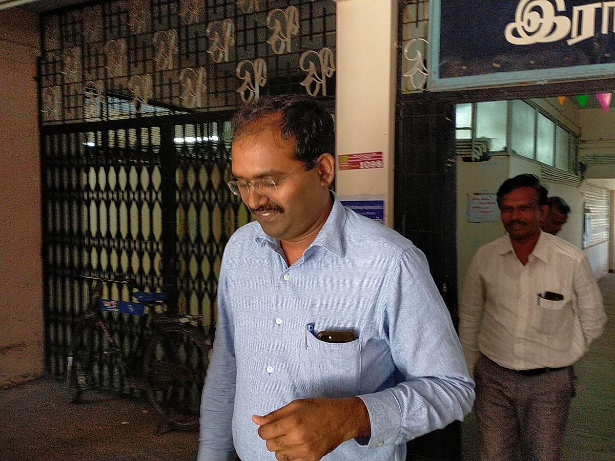 `குரூப் - 4 தேர்வில் முறைகேடு?!'- ராமநாதபுரத்தில் டிஎன்பிஎஸ்சி செயலாளர் விசாரணை