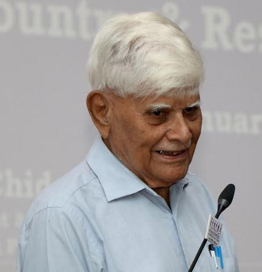 திட்டக் கமிஷனின் முன்னாள் உறுப்பினர் ஜி.சிதம்பரம்