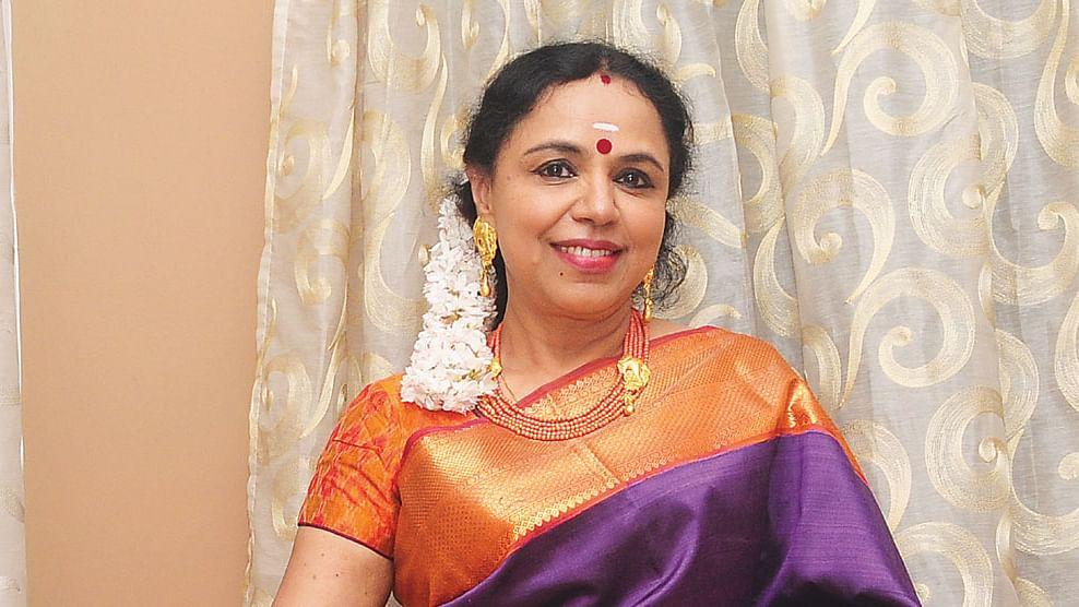 சுதா ரகுநாதன்