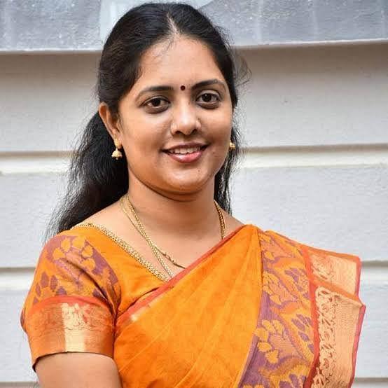 ம.ஆ.சினேகா