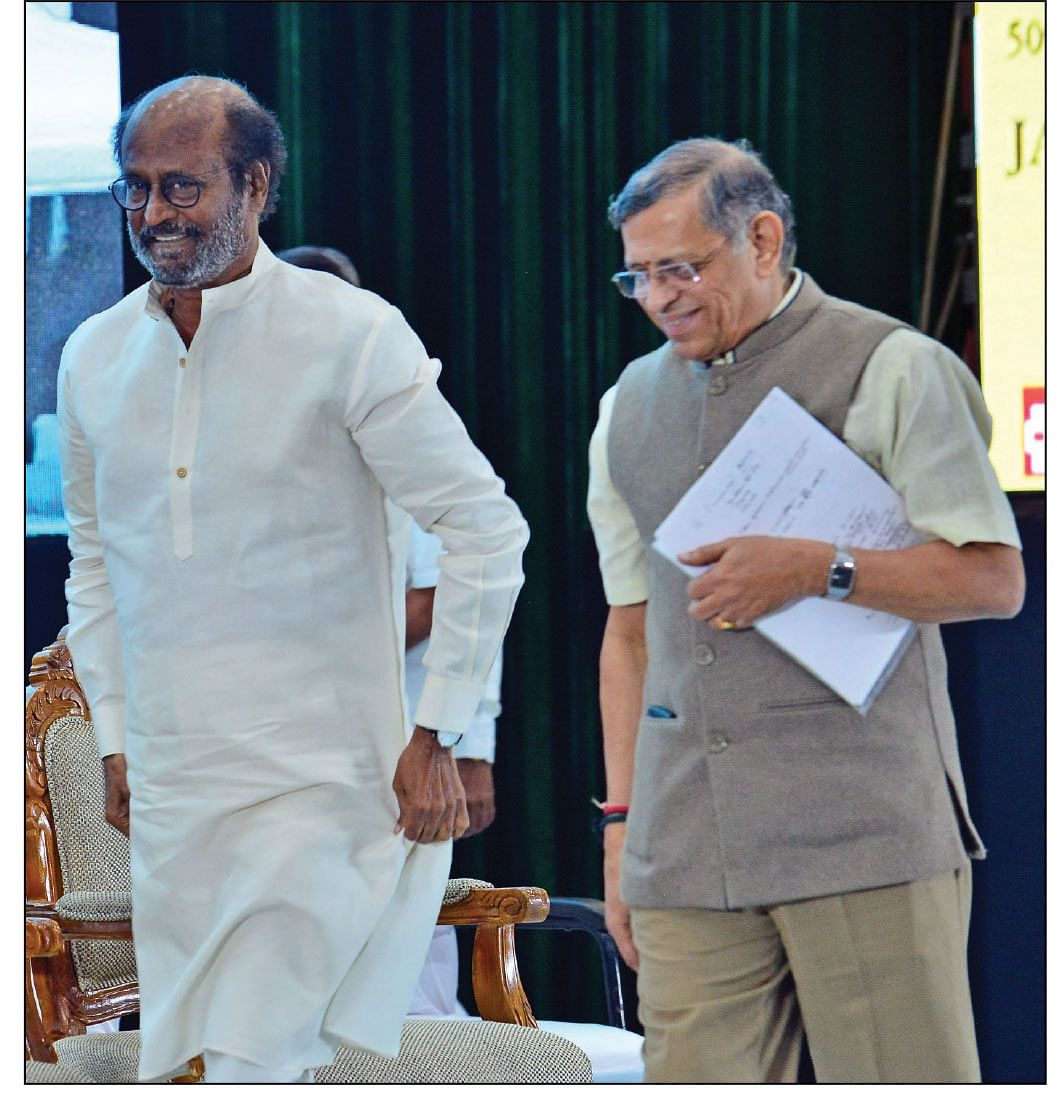 ரஜினியுடன் குருமூர்த்தி