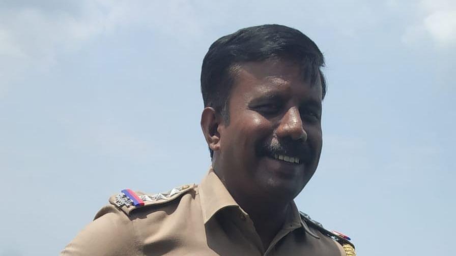இன்ஸ்பெக்டர் ரமேஷ்குமார்