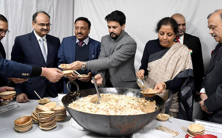 பட்ஜெட்டுக்கு முன் ஏன் அல்வா கிண்டப்படுகிறது..? #Budget2020