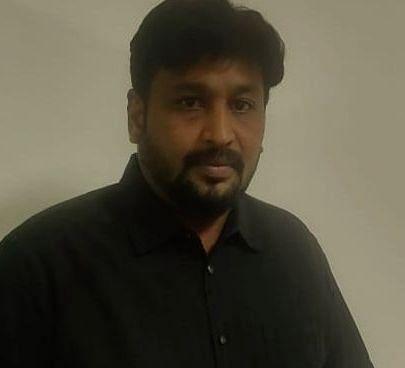 ஹெச்.ஆர். சீனியர் மேனேஜர் கார்த்திக் சேதுராமன்