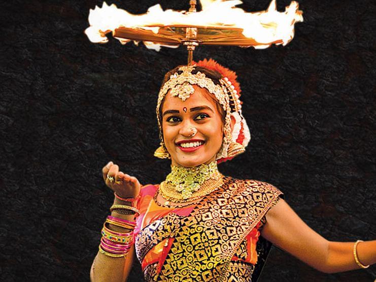 அனுஷாஸ்ரீ