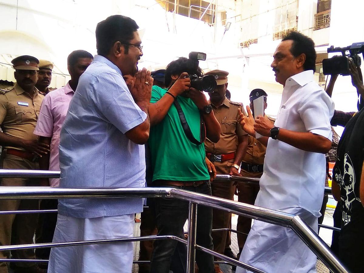 ஸ்டாலின் - டி.டி.வி சந்திப்பு... சட்டசபை முதல் இரண்டு நாள் நிகழ்வுகள் ரவுண்ட் அப்! #VikatanPhotoStory