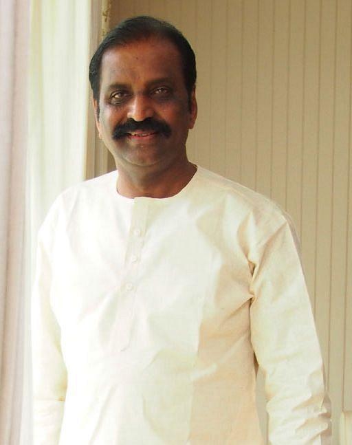 கவிஞர் வைரமுத்து