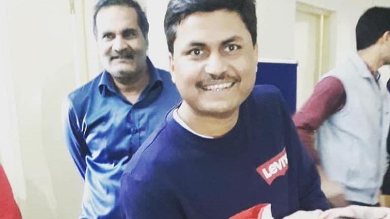 கலெக்டர் அவனிஷ் குமார் சரண்