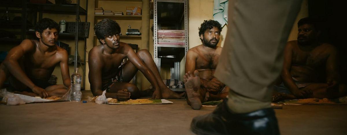 """``கைக்கட்டை கழட்றதுக்கு தூக்குலே இருக்கலாம்னு முடிவு பண்ணேன்!"""" - `விசாரணை' கிஷோர்"""
