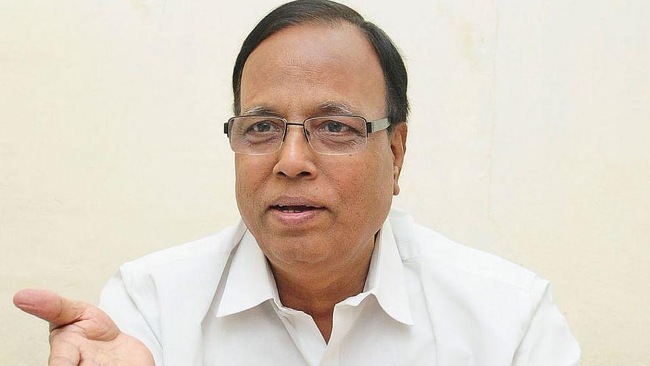 "Junior Vikatan - 19 February 2020 - ""கெஜ்ரிவாலிடம் பாடம் கற்றுக்கொள்ள  வேண்டும் காங்கிரஸ்!''   TN Congress senior leader Gopanna interview"