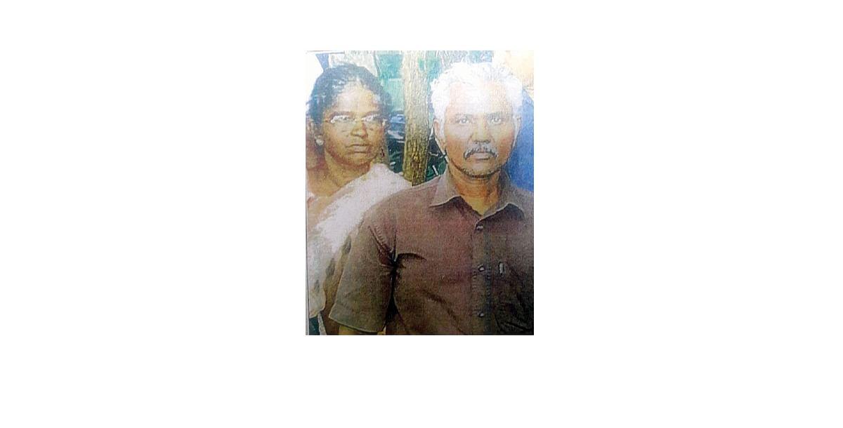 பொன்னுசாமி மற்றும் அவரின் மனைவி
