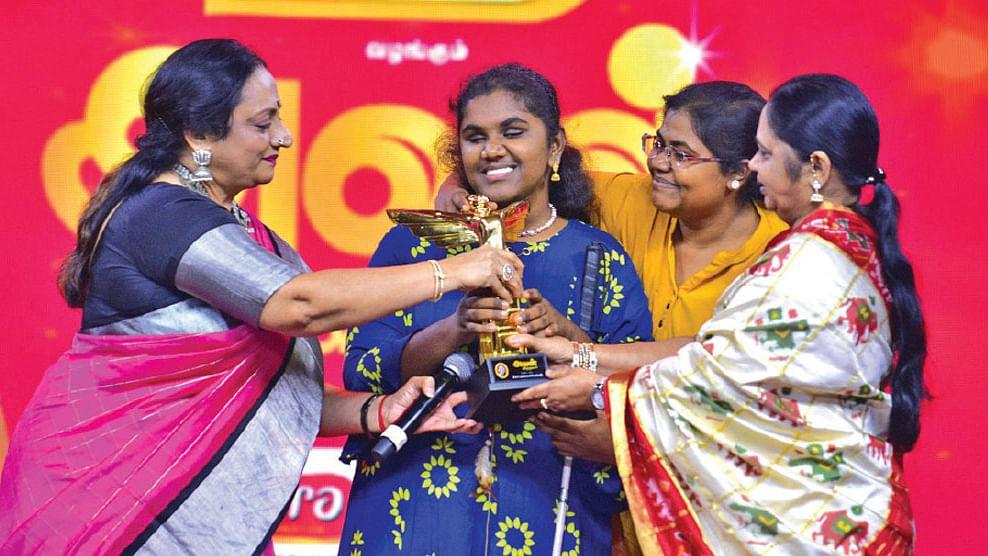கலைச்செல்விக்கு 'பெஸ்ட் மாம்' விருது