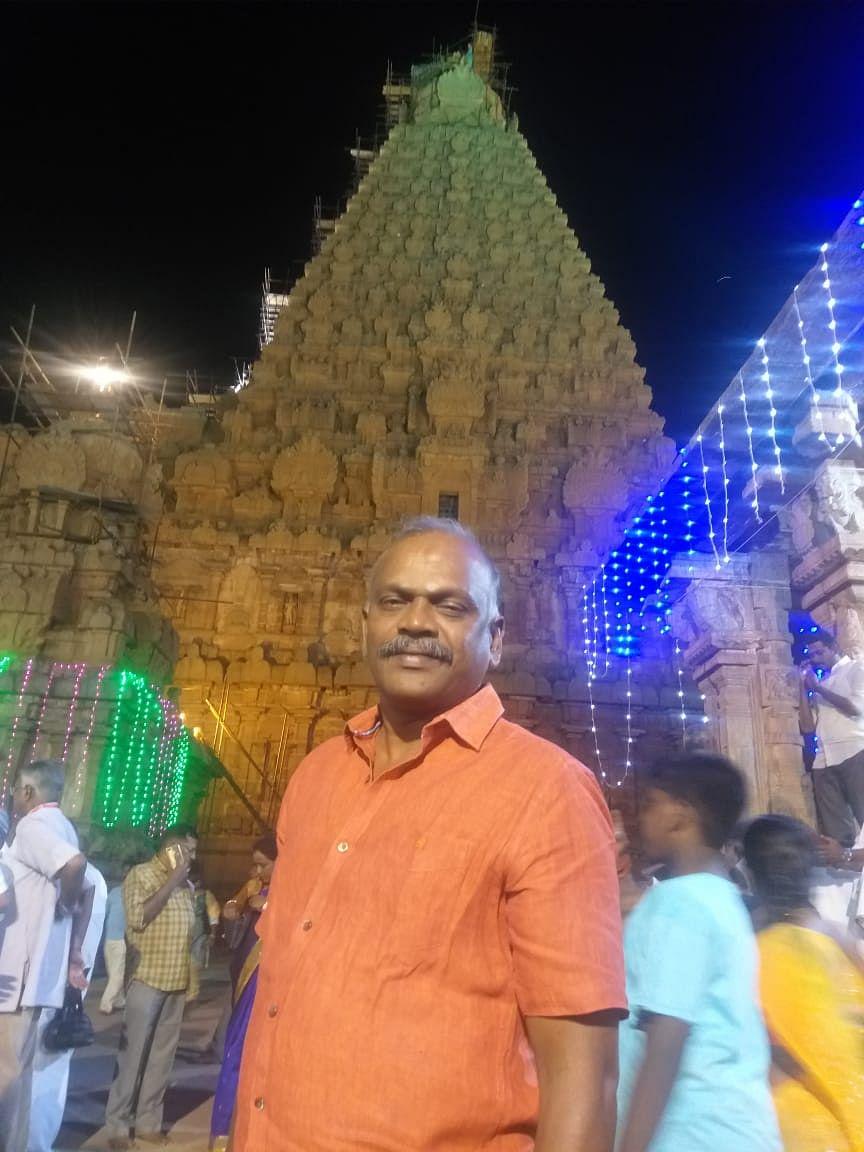 பெரிய கோயிலில் வேல்ராஜ்