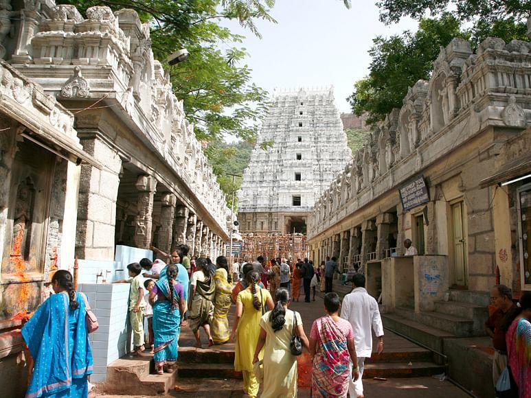 திருப்பதியில் முதியோர், கைக்குழந்தையுடன் வருவோருக்கான சிறப்பு தரிசன சலுகை தேதிகள்!#Tirupati