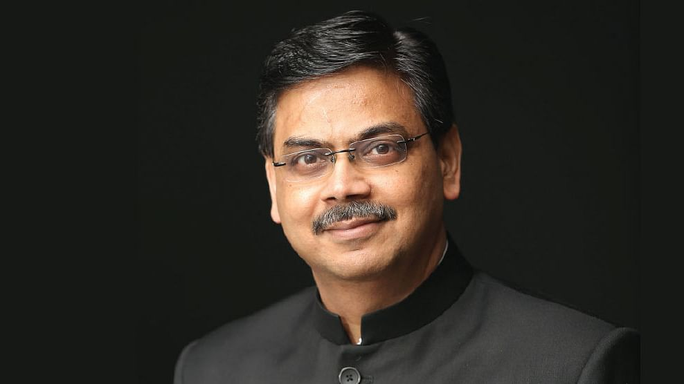 கிரிஷ் வாக்