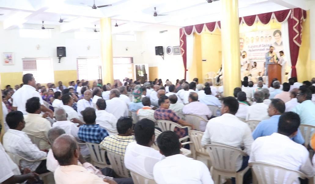 வசந்தகுமார் பேசிய கூட்டம்
