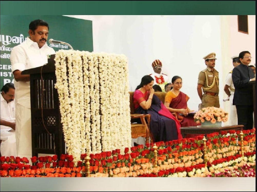 கூவத்தூர் ரிலீஸ்... ஸ்டாலின் சட்டை கிழிப்பு... பன்னீர் பவ்யம்... நான்காம் ஆண்டில் எடப்பாடி ஆட்சி!