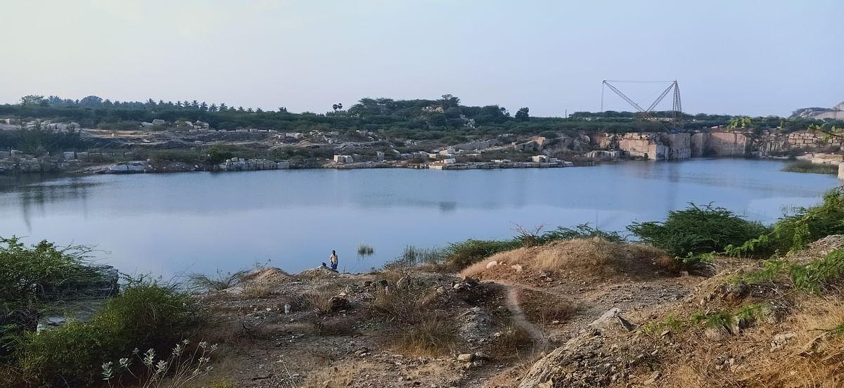 கிரானைட் குவாரிகளில் மழை நீர்