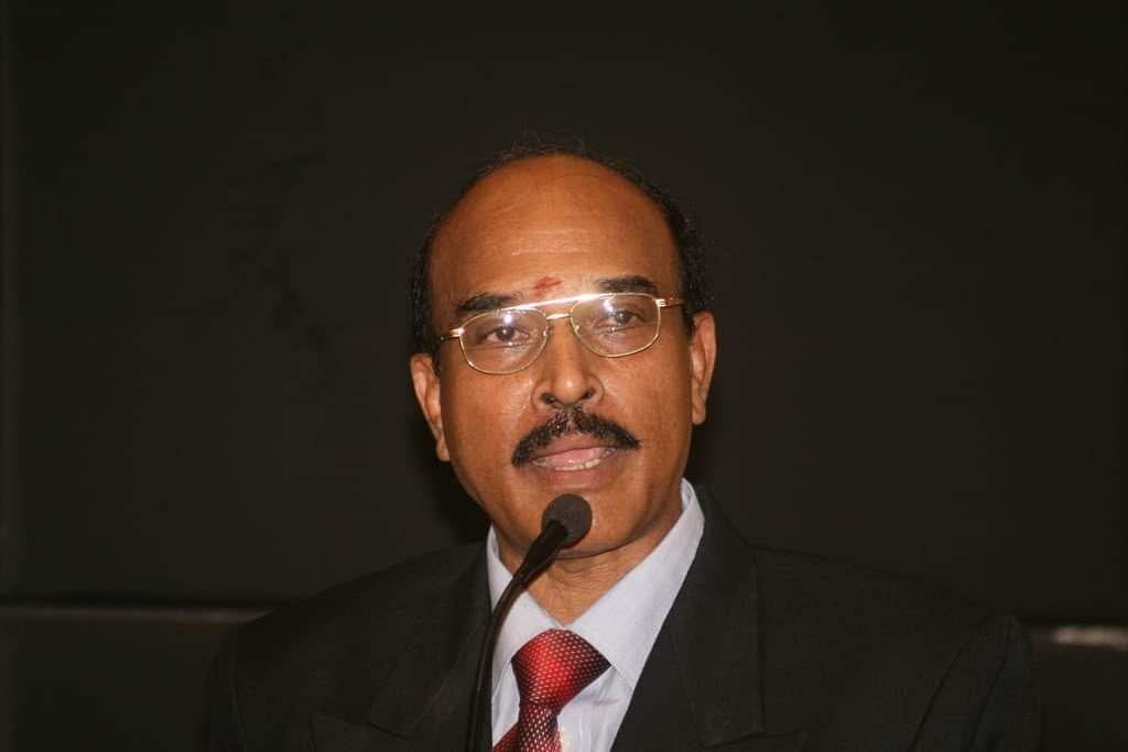 Dr.Kumaresan