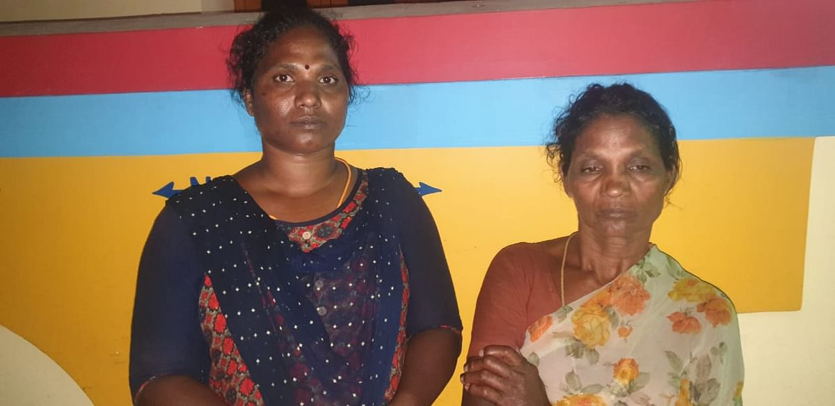 கஞ்சா கடத்திய பெண்கள்