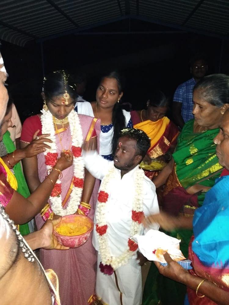 விக்னேஷ், பவித்ரா திருமணம்