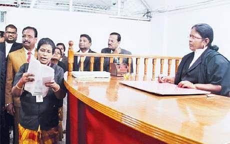 எம்.பி.,எம்.எல்.ஏ வழக்குகளை விசாரிக்கும் ஸ்பெஷல் கோர்ட் அமைக்க எவ்வளவு செலவு?#VikatanExclusive
