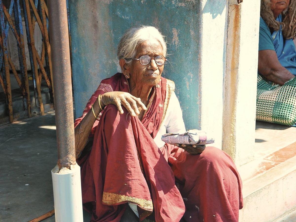 தினமும் 50 பேருக்கு உணவு... மனைவியோடு கைகோத்து உதவும் `அறம் செய்வோம்' சுதாகர்! #VikatanPhotoStory