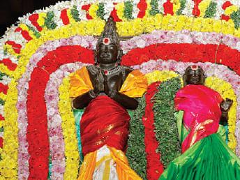 பறிபோகின்றனவா ராஜராஜ சோழன், லோக மாதேவி சிலைகள்?