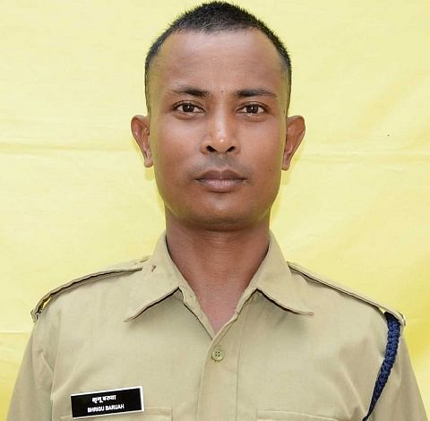 சி.ஐ.எஸ்.எஃப் வீரர் பிரிகு பாரியா