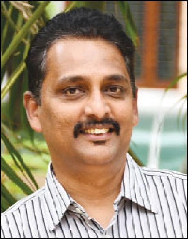 ரெஜி தாமஸ்