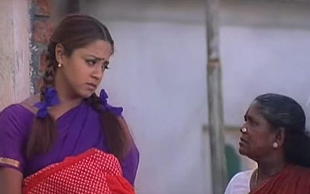 'தூள்' படத்தில் ஜோதிகா - பரவை முனியம்மா