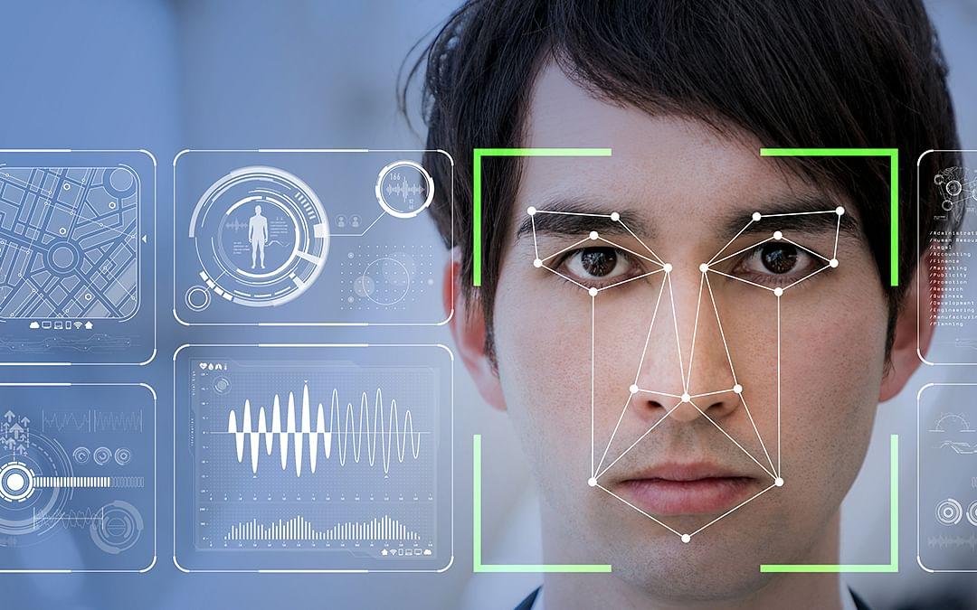 முகத்தை ஸ்கேன் செய்து தகவல் சொல்லும் Clearview AI... ஆப்பிள் ஏன் தடை செய்தது?