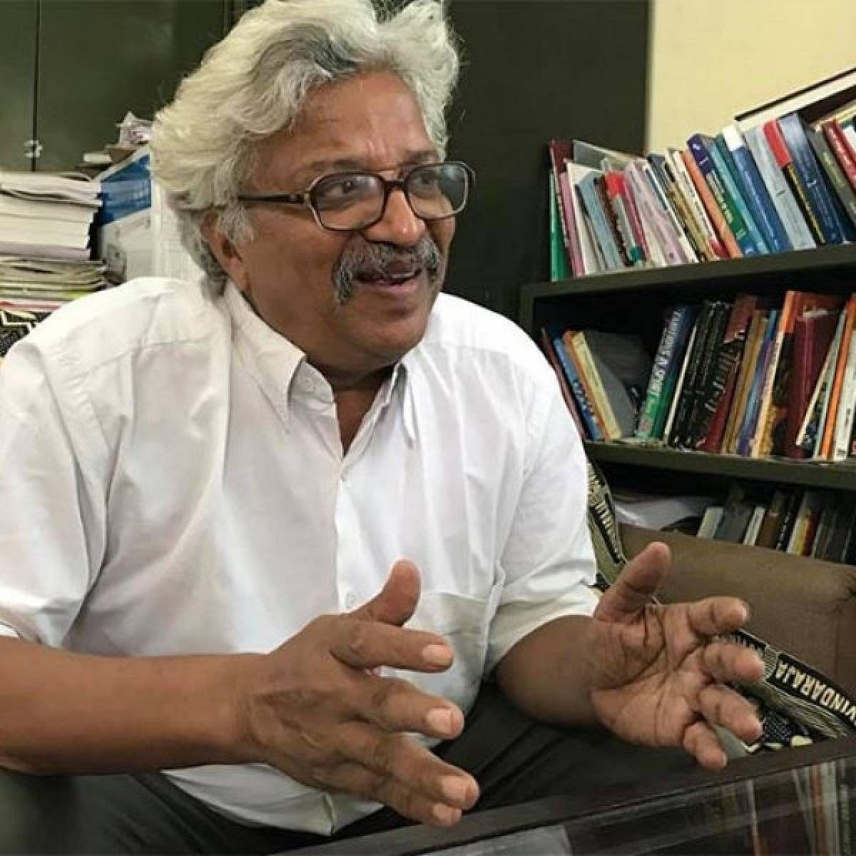 பேராசிரியர் ராமு மணிவண்ணன்