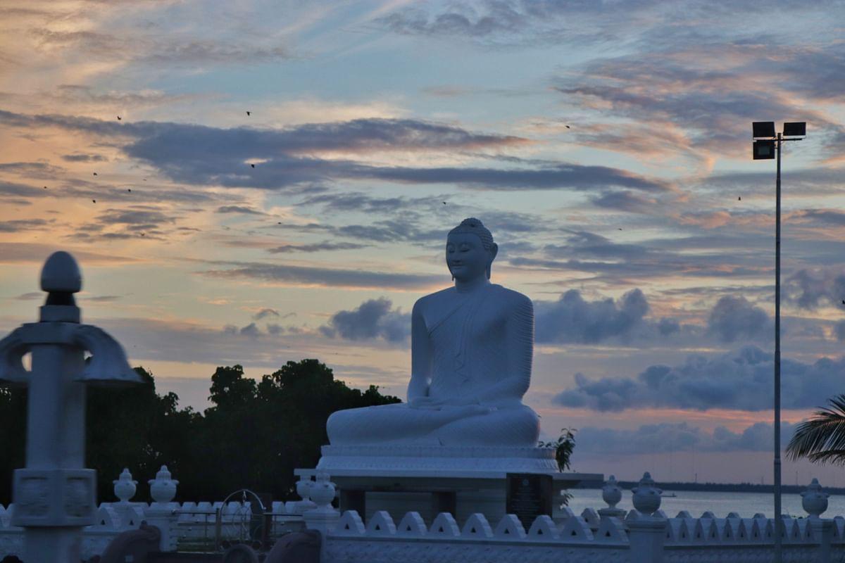 இலங்கையின் புத்தர் கோவில்களில் ஒன்று