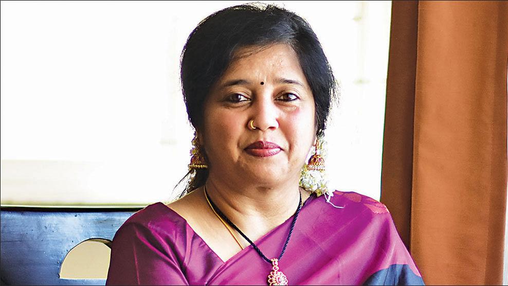 ராதிகா ராஜலோகநாதன்