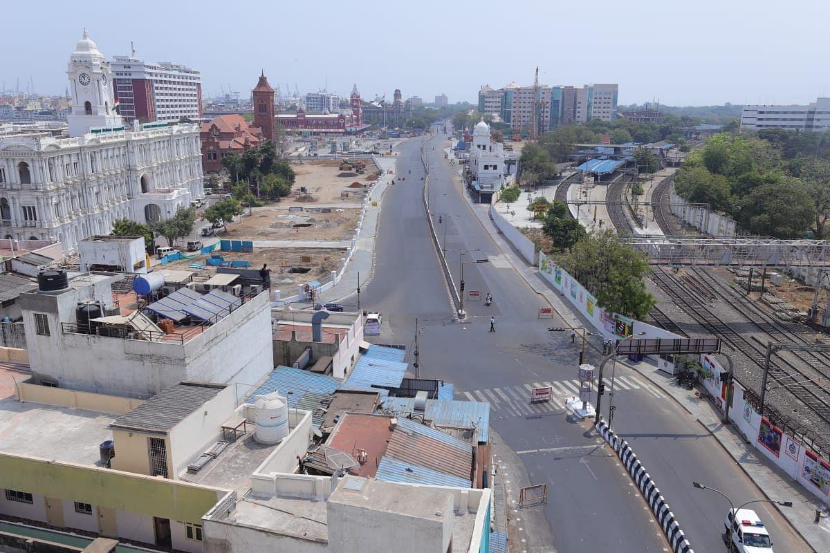 வெறிச்சோடிய சென்னை