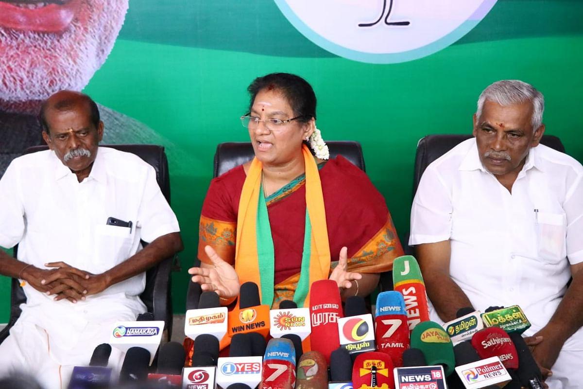சசிலா புஷ்பா
