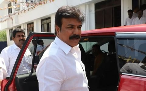 ` நமது முதல்வர் விஜயகாந்த்` - சலசலப்பை உண்டாக்கிய எல்.கே.சுதீஷ்! #TNElection2021
