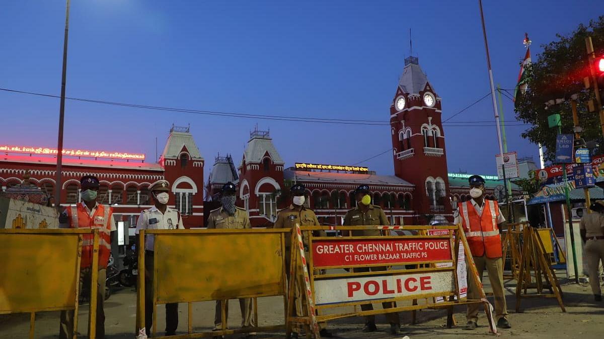 சென்னை சென்ட்ரல் ரயில்நிலையம்