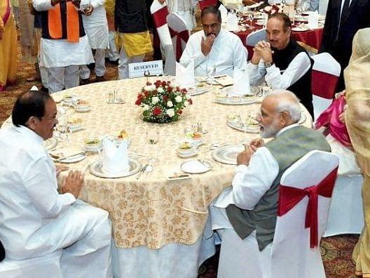 எம்.பி-க்களுக்கு மோடி வைத்த விருந்து செலவு 21.47 லட்சம்! #VikatanExclusive