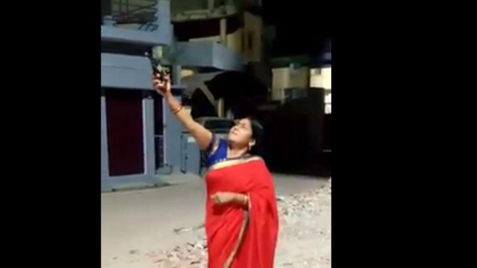 பா.ஜ.க மகளிரணி தலைவி மஞ்சு திவாரி