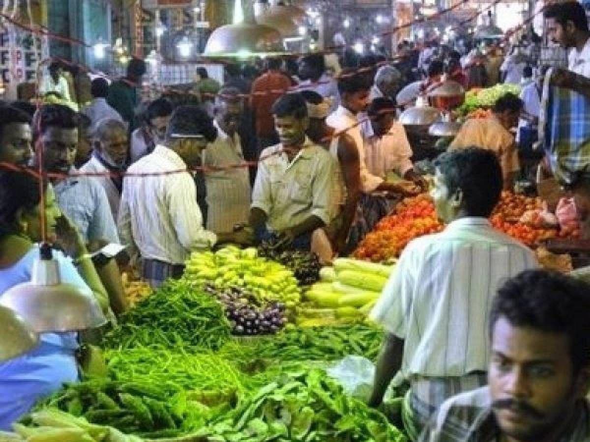 அதிகரிக்கும் எண்ணிக்கை... மூடப்படும் கோயம்பேடு சந்தை! சென்னையின் தேவை என்ன? #ChennaiUpdate