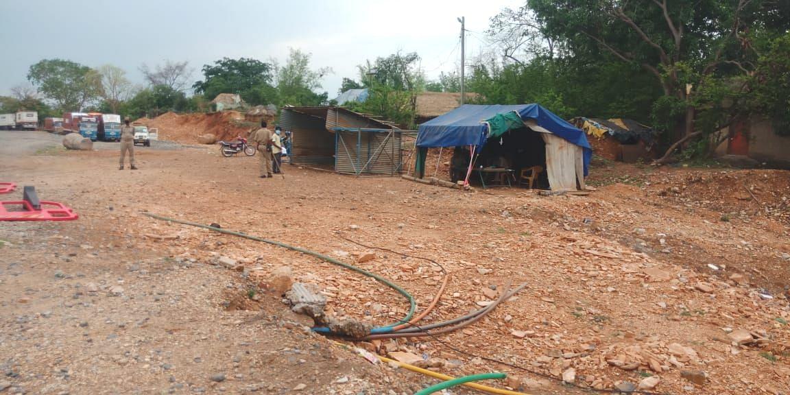 ஜார்க்கண்ட்-ஒடிசா எல்லையில் உள்ள செக்போஸ்ட்