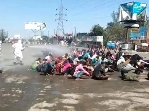 `இந்தியாவில் ஊரடங்கால் 4 கோடி வெளிமாநிலத் தொழிலாளர்கள் பாதிப்பு!' - உலக வங்கி