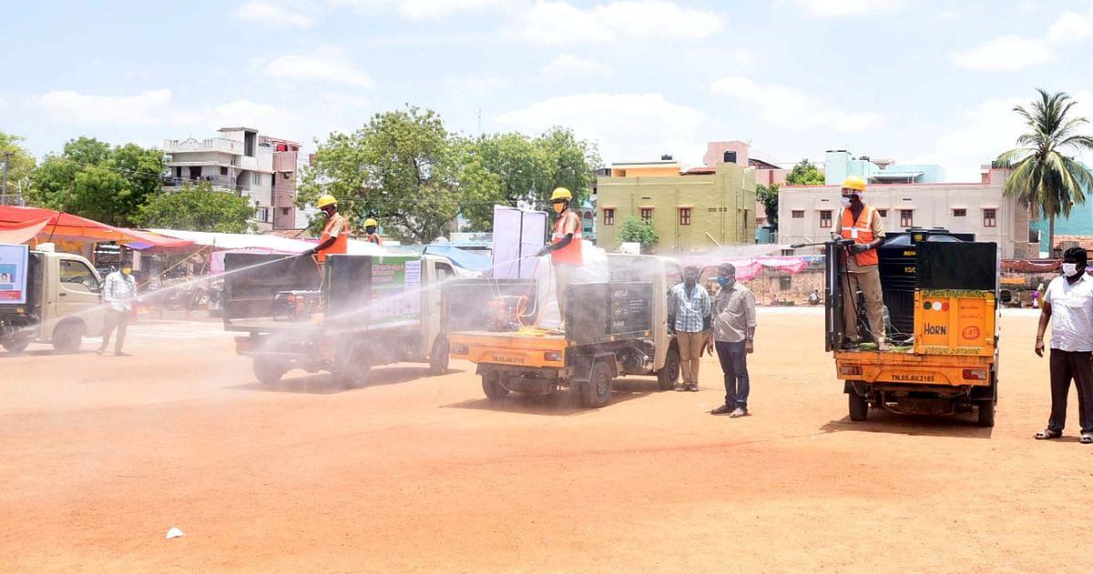 பரமக்குடி நகராட்சியில் கொரோனா  தடுப்புப் பணி